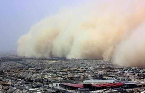 Sand storm in Riyad, Saudi Arabia, June 2009 (credit: International News Bureau; http://www.intnewsbureau.com/riyad-sand-storm-massive-sandstorm-hits-saudi-arabia/)